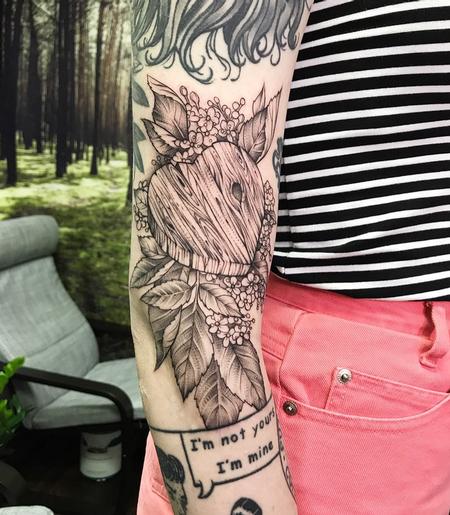 Woodgrain Heart and Elderberries on Arm- Instagram @MichaelBalesArt Tattoo Thumbnail
