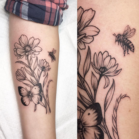 Tattoos - Wildflowers and Bee- Instagram @michaelbalesart - 123564