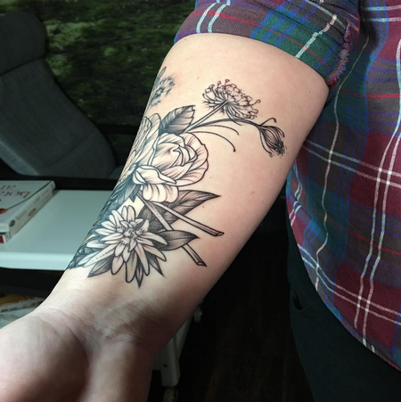 Black and Gray Floral Forearm Cuff. Instagram @MichaelBalesArt Tattoo Thumbnail