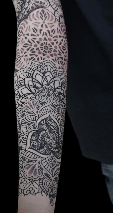 dotwork linework mandala tattoo  done on the 4th day at Off the Map, Cervignano del Fruili , Italy Design Thumbnail