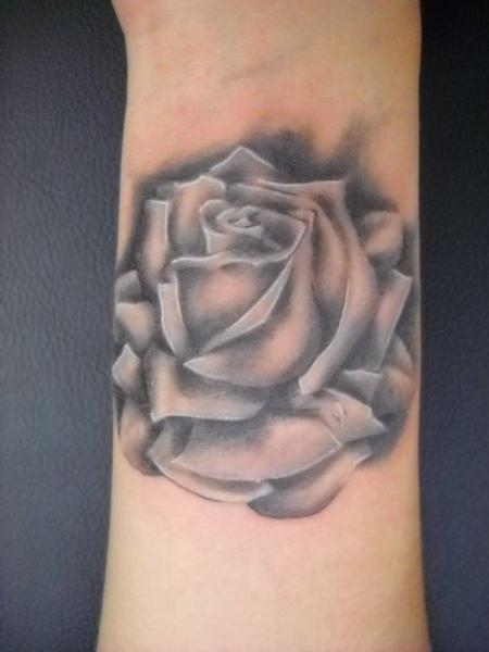Black and Gray Rose Tattoo by Robin Pajzs: TattooNOW