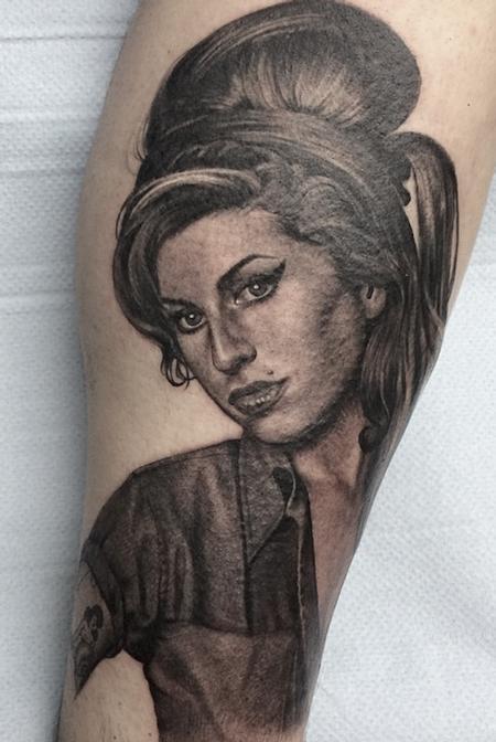 Tattoos - Amy Winehouse portrait - 114448