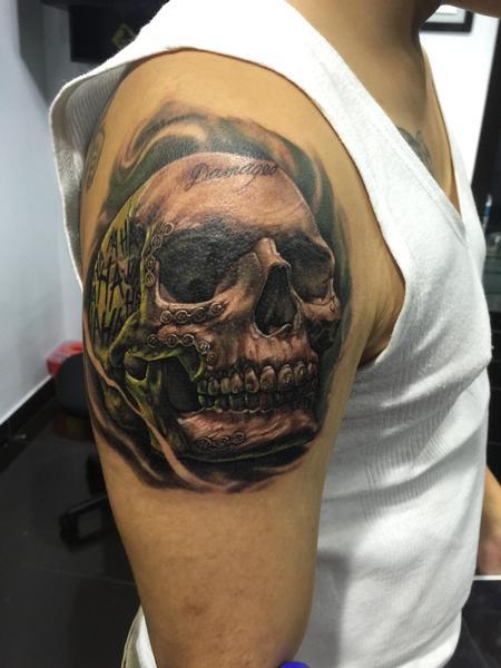 Zhimpa Moreno - Joker skull