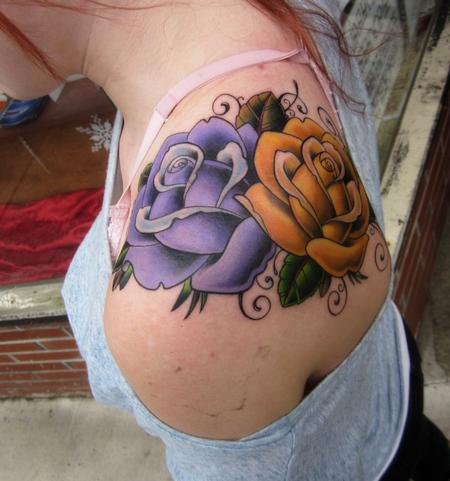 Tattoos - traditionalish roses - 61679