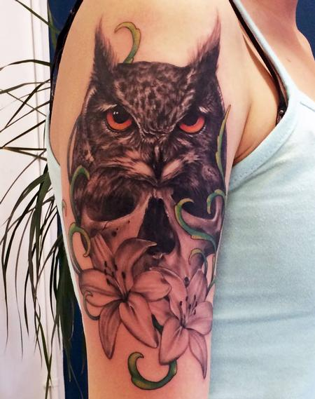 black and grey owl tattoo Tattoo Design Thumbnail