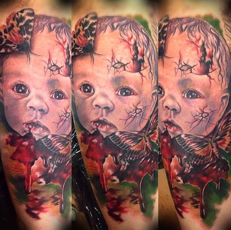 Tattoos - Creepy Dolls face with moths - 95937