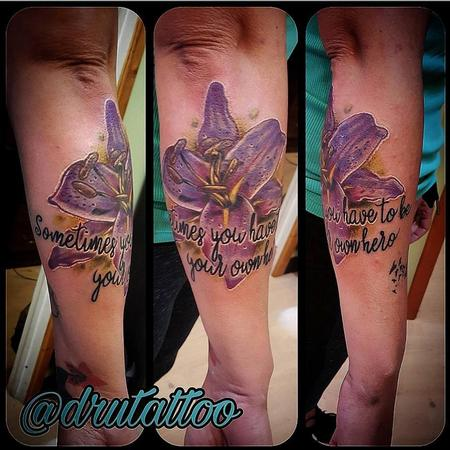 Tattoos - Flower - 130197