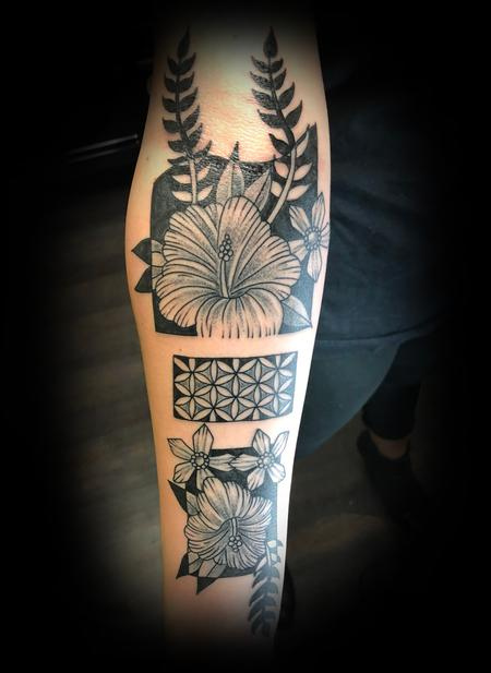 Tattoos - Blackwork - 135027