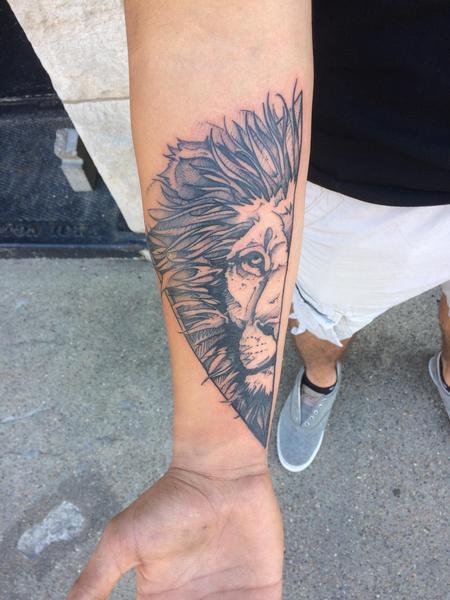 Tattoos - Lion O - 129813