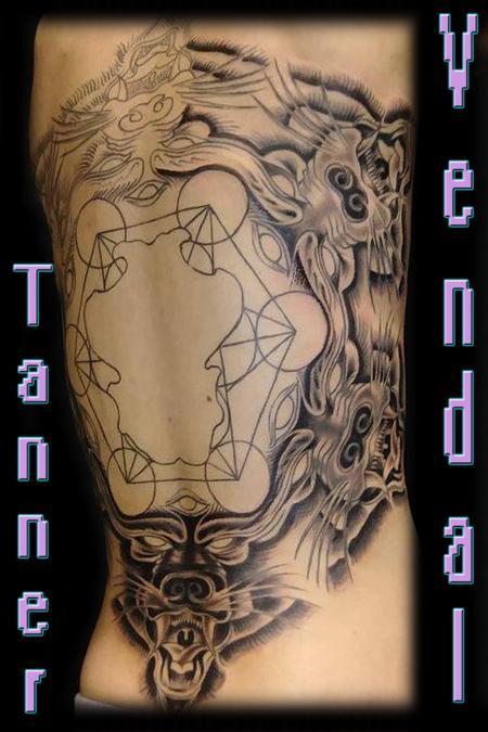 Tattoos - Wolve Circle - 131001