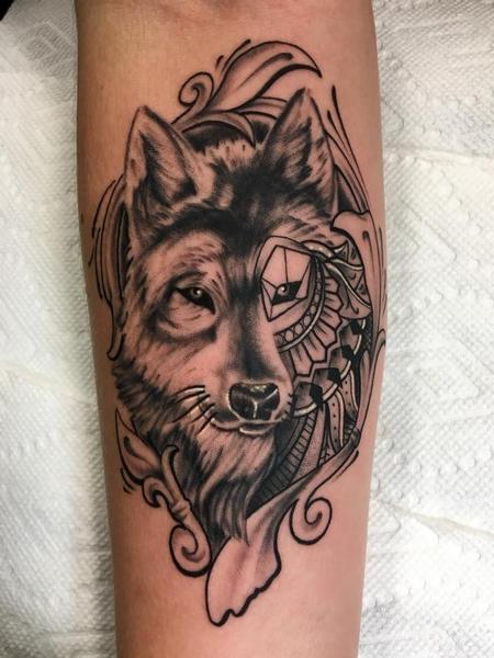 Tattoos - Black and grey wolf mandala - 132512
