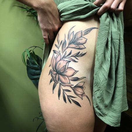 Black and grey flowers Tattoo Thumbnail
