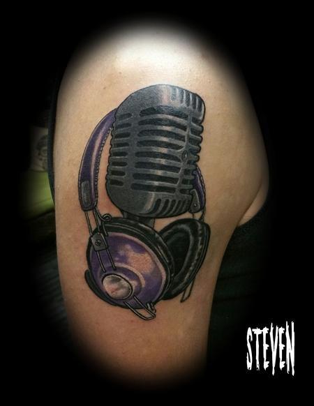 Old mic Tattoo Thumbnail