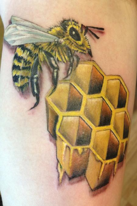 Tattoos - Bee with honeycomb - 76105
