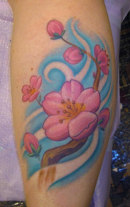 And who doesn't love pretty flower tattoos just cause they're pretty