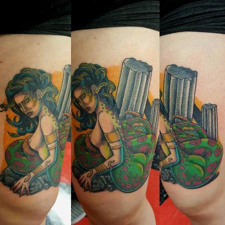 Jesse Neumann - Medusa tattoo