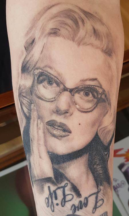 Tattoos - Marilyn Monroe Portrait Tattoo - 123478