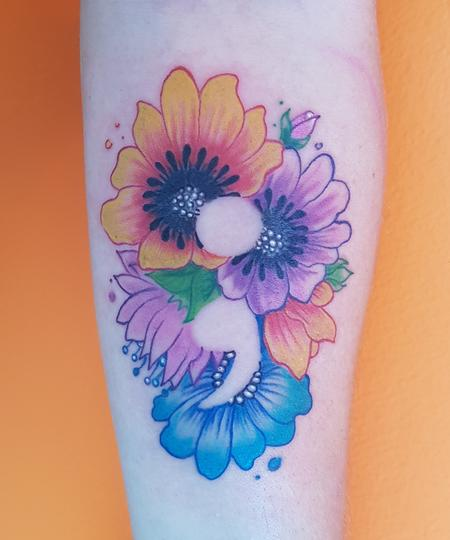Zel White - Flowers and Semicolon Feminine Color Tattoo