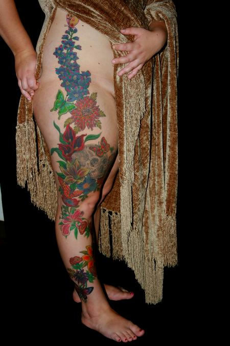 Tattoos - Skull and Flower Leg Piece - 112210
