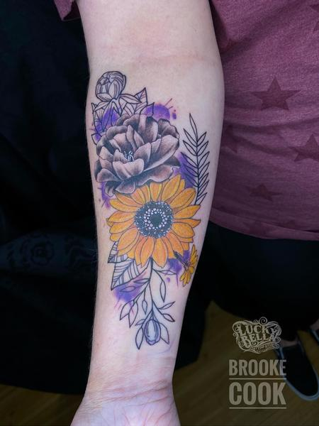 Tattoos - Stylized Flowers by Brooke Cook at Lucky Bella Tattoos in North Little Rock, Arkansas  - 142320