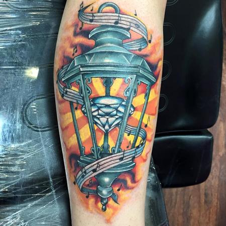 Lantern on Arm Design Thumbnail
