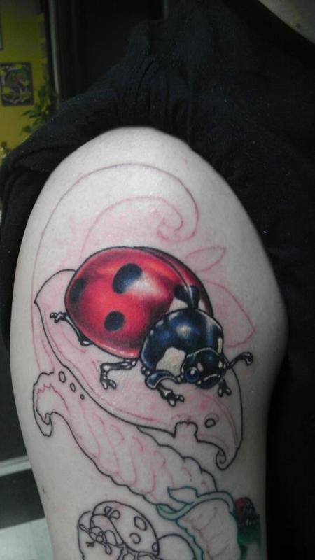 Shane Baker - Ladybug/bio organic plant 1/2 sleeve