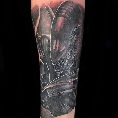 Tattoos - alien  - 129621