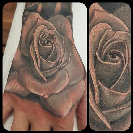 Tattoos - Rose on a hand - 134675