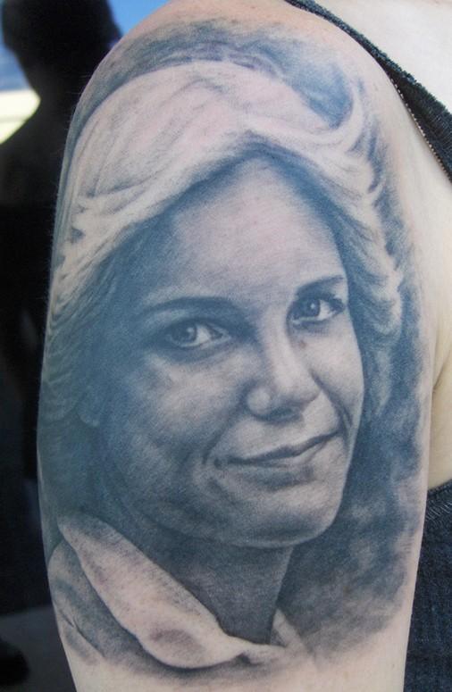 Tattoos - Mom portrait - 40808