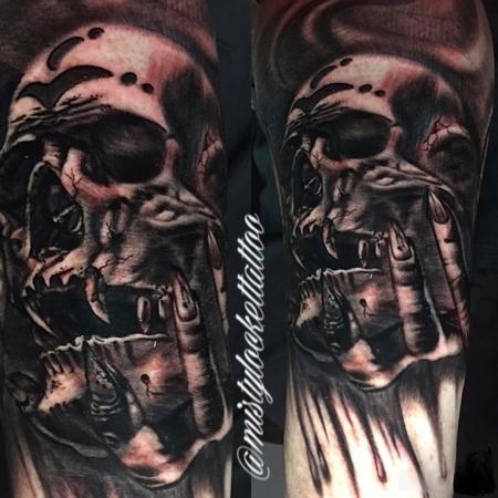 Black and grey skull Tattoo Design