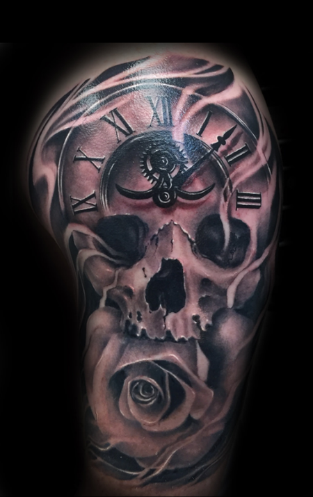 Skull clock tattoo Tattoo Design