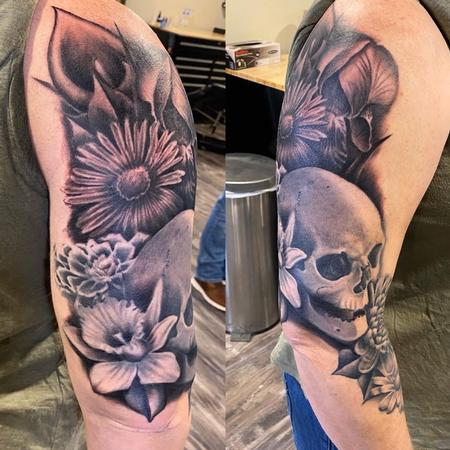 Ryan Cumberledge - Ryan Cumberledge Flowers and Skull