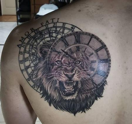 Tattoos - Walt Watts Lion Clock - 139477