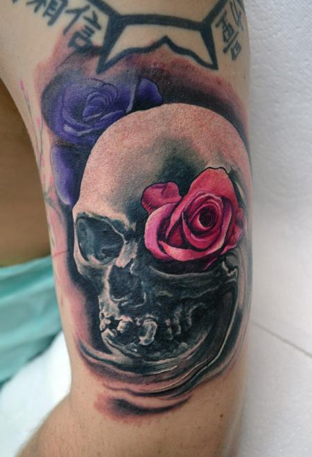 Tattoos - Smokey Skull - 106558