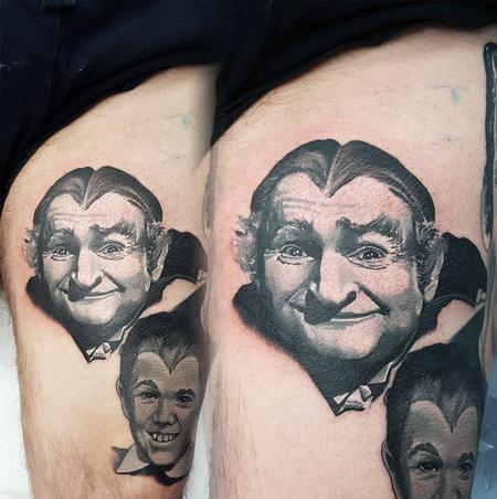 Alan Aldred - Small Grandpa Munster Portrait
