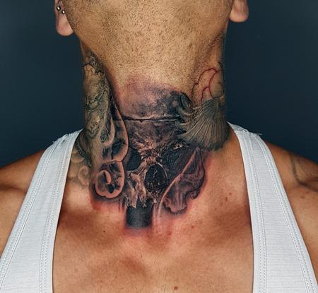 Alan Aldred - Skull Throat Tattoo