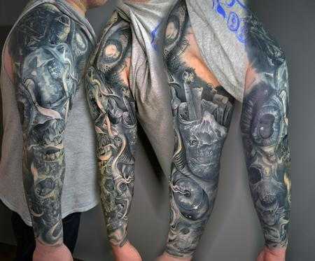 Tattoos - HEAVY COVER UP - 142118
