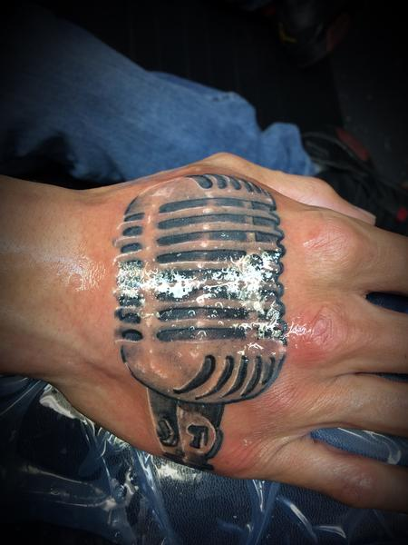 Tattoos - Mic on hand  - 140550