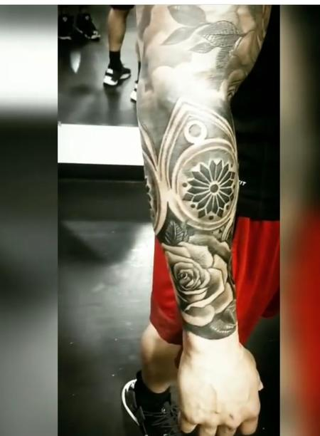 Tattoos - Roses and compass - 138461