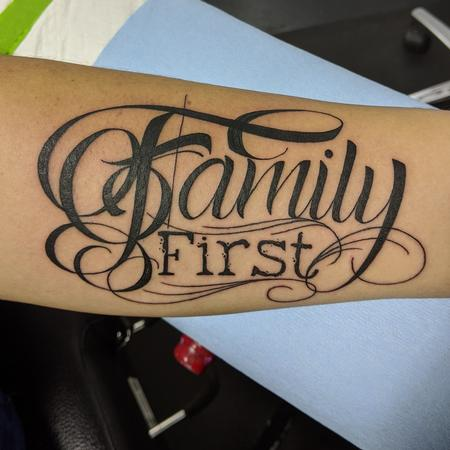 Tattoos - Custom script - 142079