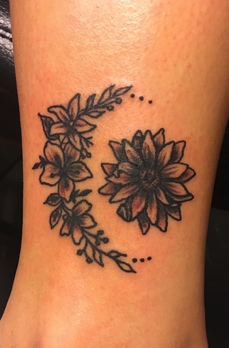Tattoos - moon flower - 139486