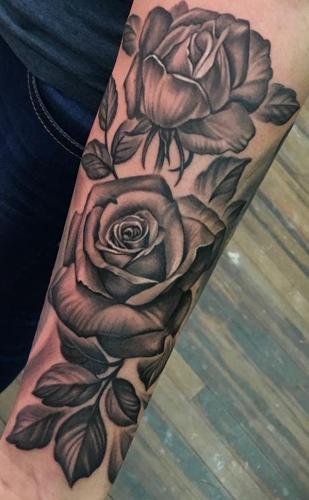 Black & Grey Roses  Tattoo Design