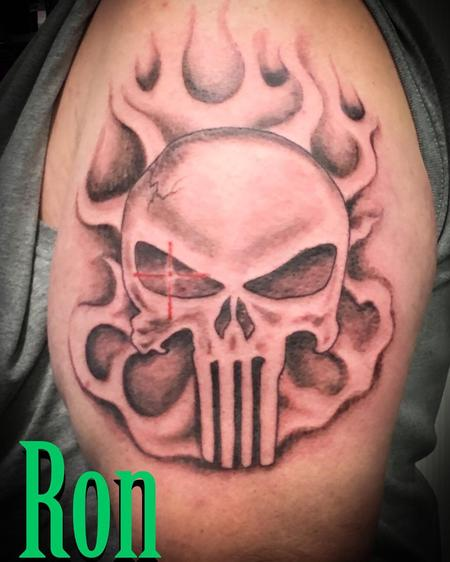 Tattoos - Skull with Target - 137254