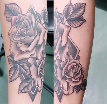 Tattoos - Black and Grey Floral - 139564