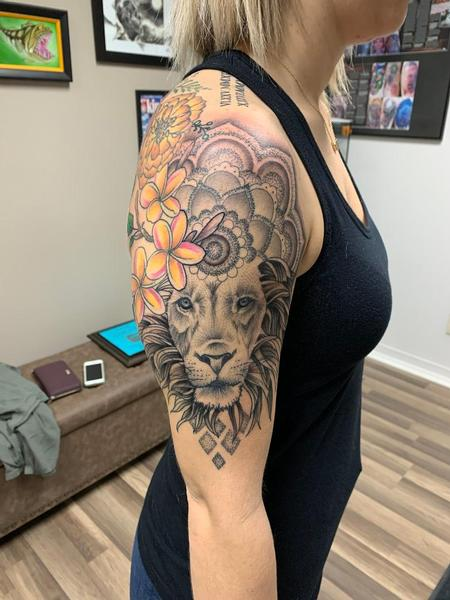 Tattoos - Lion, Black and Gray - 142168