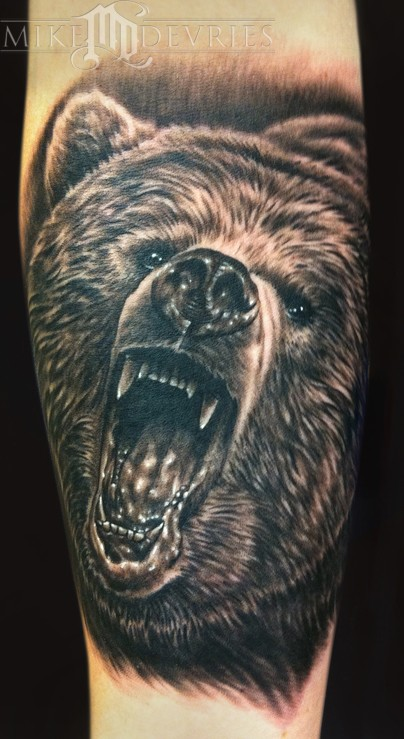 Mike DeVries - Grizzly Bear Tattoo