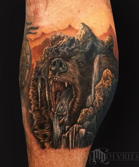 Mike DeVries - Mountain Bear Morph Tattoo