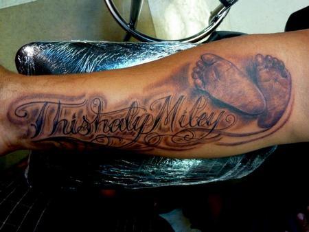 Tattoos - Baby feet - 75627