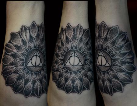 Tattoos - Deathly Hollows symbol within Stippled Flower - 100093