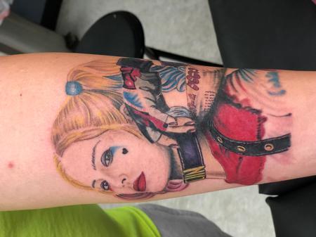 Tattoos - Color portrait Harley Quinn - 142719